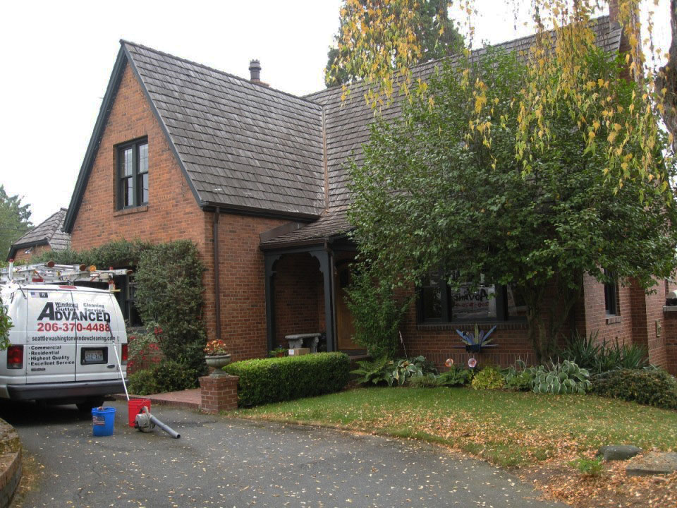 Residential-Window-Cleaning-Seattle-WA